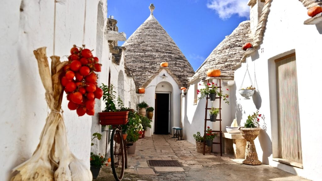 Trullo at Alberobello in Apulia - One of the most beautiful elopement locations in Italy
